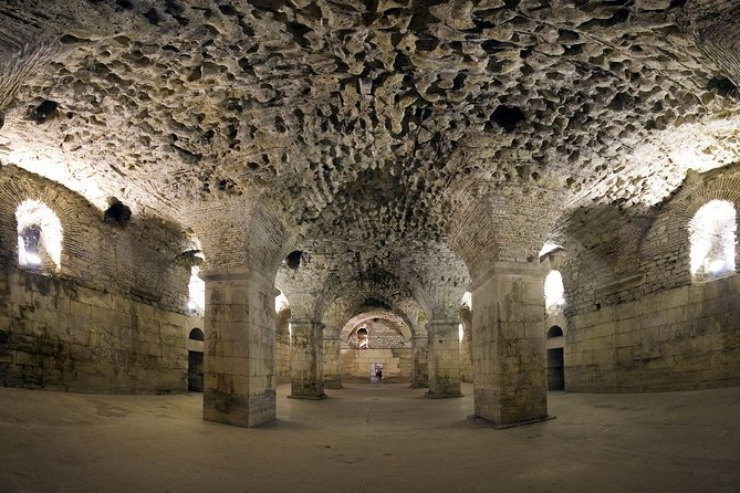 Split: Game of Thrones Small group Tour with Diocletian's Cellar