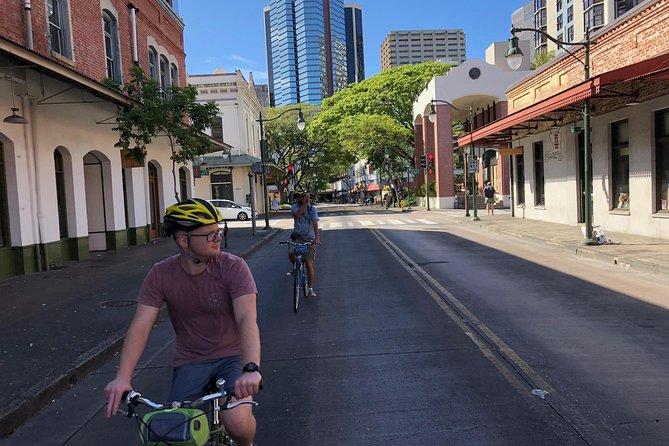 Private Historical Honolulu Bike Tour