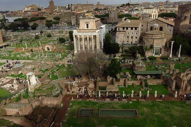 Rome Private Tour 8 hours with English Driver photo 4