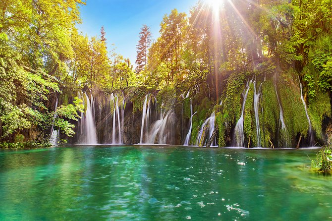 Plitvice Lakes National Park Small-Group Day Trip from Split