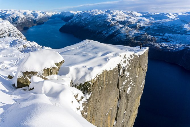 Preikestolen Guided Hike - Low-Season photo 3