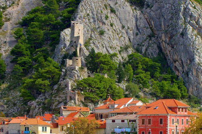 Pirate town Omis and local cuisine tasting