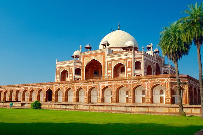 Private Full-Day Tour of Old and New Delhi
