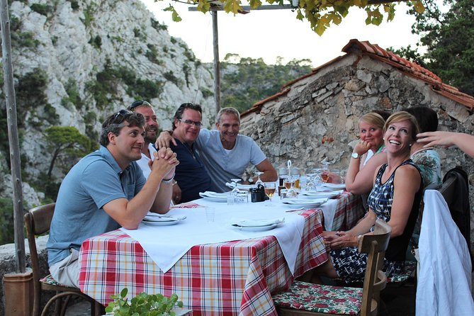 The Best of Hvar Small Group Tour with Wine Tasting and Dinner