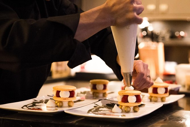Private Macaron Cooking Class & Champagne Tasting
