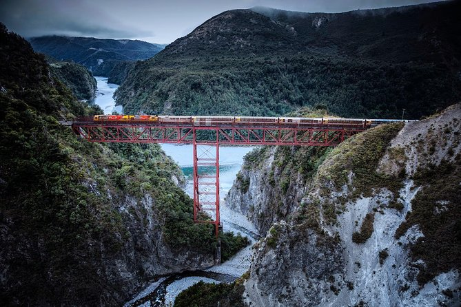 Arthur's Pass Full-Day Tour Includes TranzAlpine Express Train from Christchurch