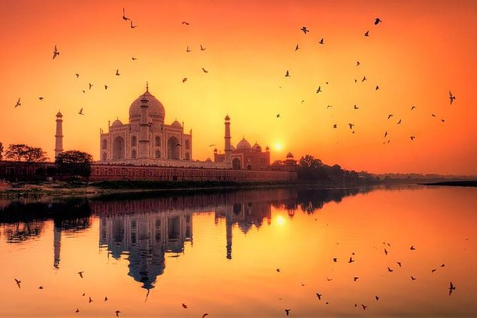 Private Taj Mahal at Sunrise Day Tour from New Delhi