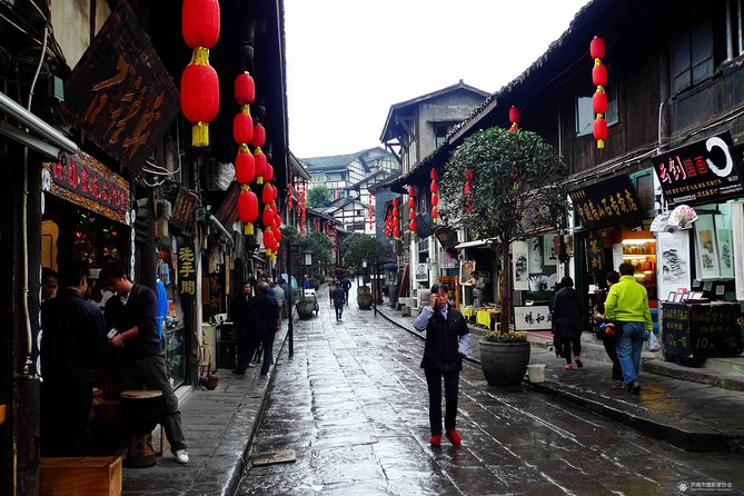 All Inclusive Private Day Tour to Ciqikou, Three Gorges Museum etc. in Chongqing