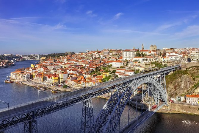 Porto: Morning City Tour with Six Bridges Cruise and Lunch