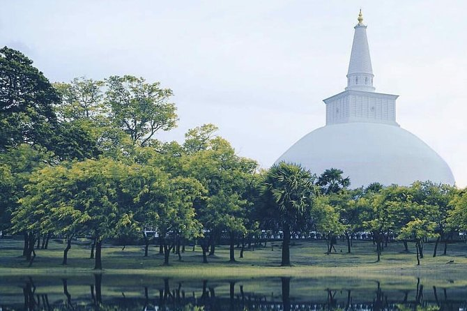 Escort girls Anuradhapura