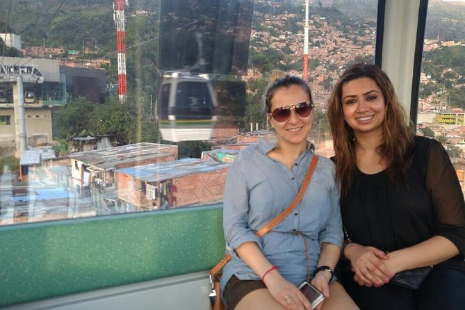 Medellin Pub Crawl Including Food and City Tour