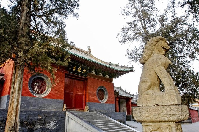 Zhengzhou Private Tour to Shaolin Temple including Kungfu Lesson and Activities photo 4