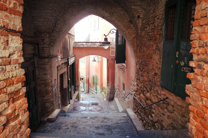 Private Tour Medieval Exploration Game in Old Town of Sibiu