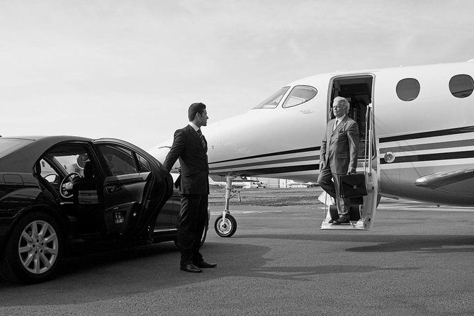 Private transfer from PARIS city to CDG airport