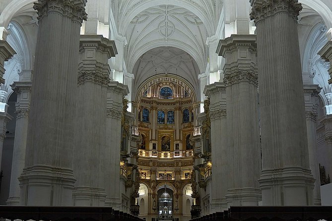 Private tour Interior of the Cathedral and Royal Chapel of Granada