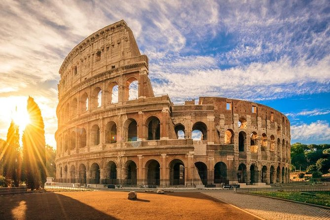 Small Group, Skip-the-Line Colosseum, Roman Forum & Palatine Hill Tour