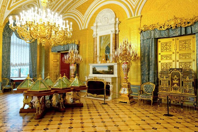 2-Day Private Tour of St Petersburg with Peterhof & Catherine's Palace