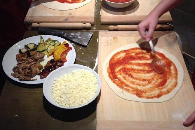 Pizza Making Class as Private Tour of Rome from Civitavecchia Shorexcursion