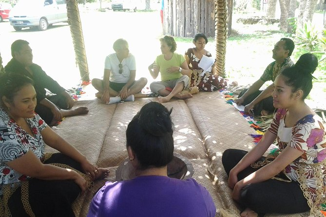 Half-Day Anahulu Cave and Cultural Tour