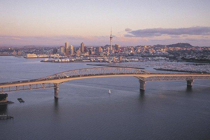 Auckland Shore Exkursion: Stadtrundfahrt, Hafenbootstour und Sky Tower