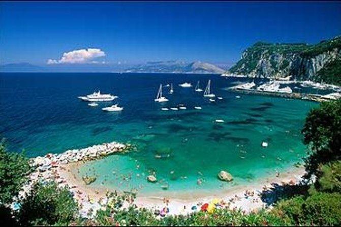 Excursão pelo litoral de Nápoles: viagem de um dia a Capri com almoço, saindo de Nápoles