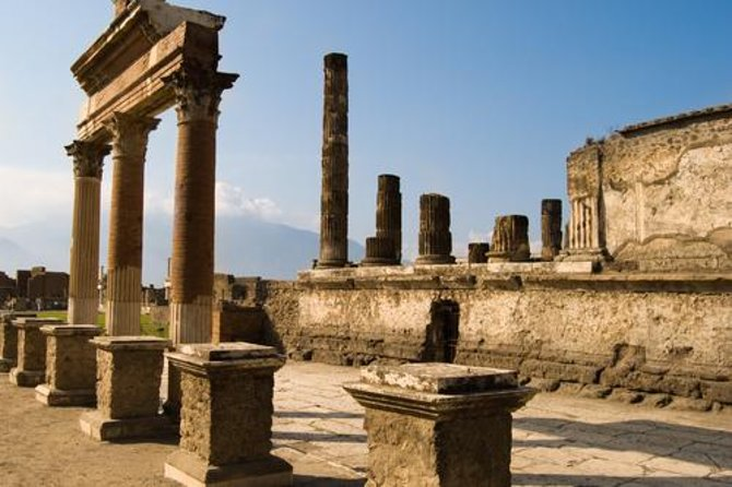 Naples Shore Excursion: Pompeii and Sorrento Day Trip