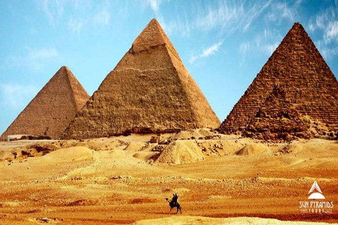 Private Giza Pyramids, Memphis and Sakkara Tour