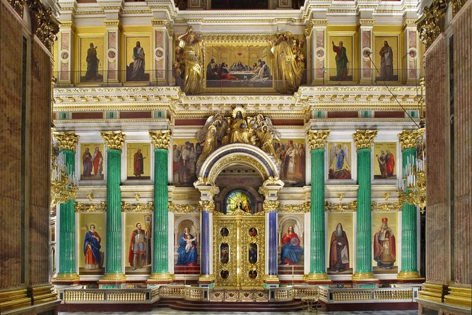 1-Day Tour of Church on the Spilled Blood, St Isaac Cathedral and Peterhof Parks