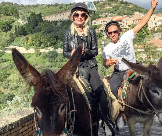 Godfather donkeys tour and a medieval village of Savoca between art and culture