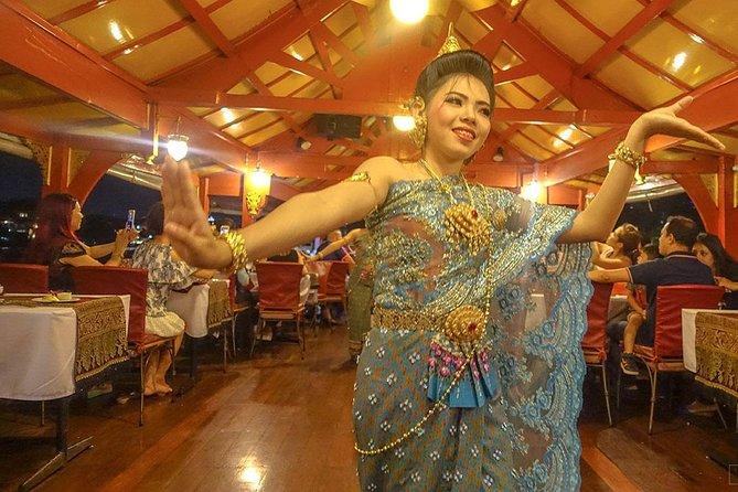Wan Fah Dinner Cruise at Bangkok including Return Transfer & Musical Performance