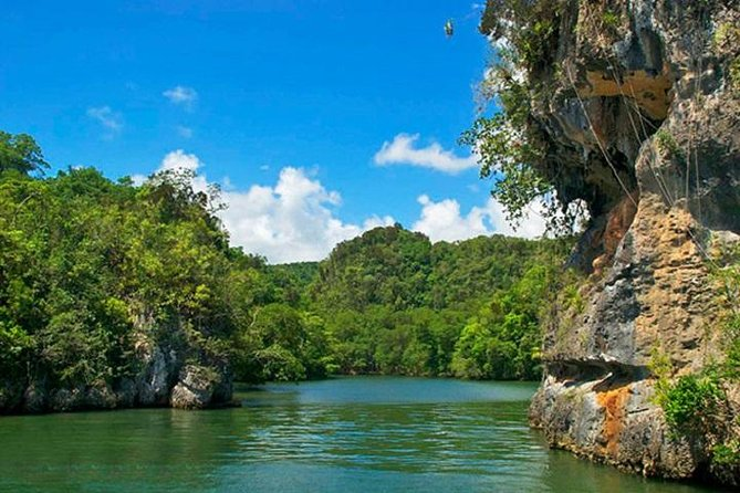 Los Haitises National Park Sightseeing Cruise from La Romana