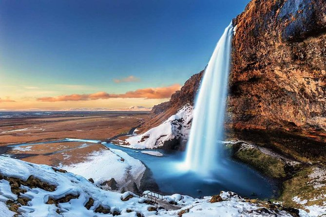 Winter South Coast Day Tour by Minibus from Reykjavik
