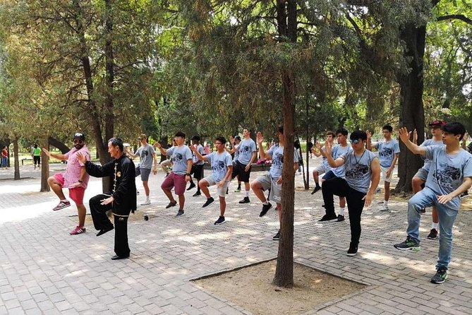Private Half-day Walking Tour: Temple of Heaven Visit with Tai Chi Class
