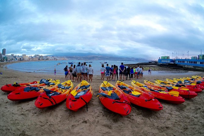 Rent a kayak in Las Canteras Beach