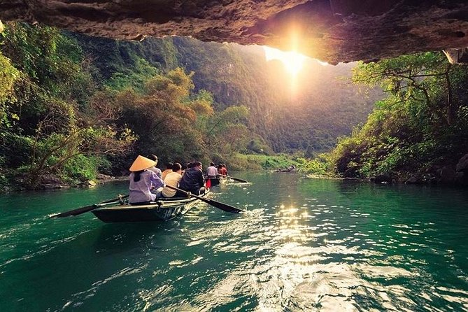 Bai Dinh Pagoda and Trang An Grottoes Private Tour from Hanoi
