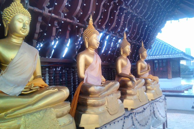 Colombo Walking Tour With Ayurvedic Learning
