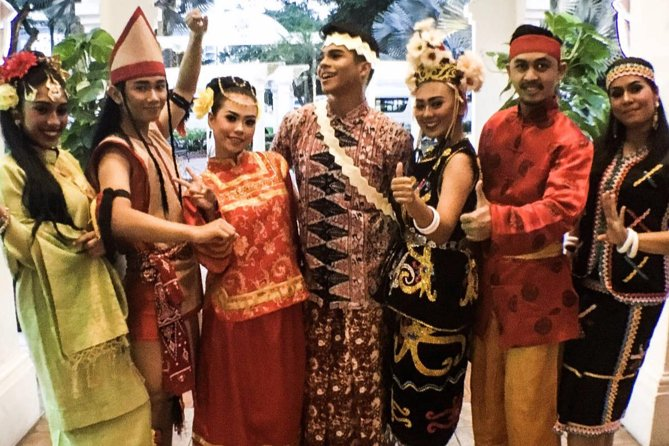 Private Night Tour: Petronas Twin Tower Cultural Dance And Shopping photo 10