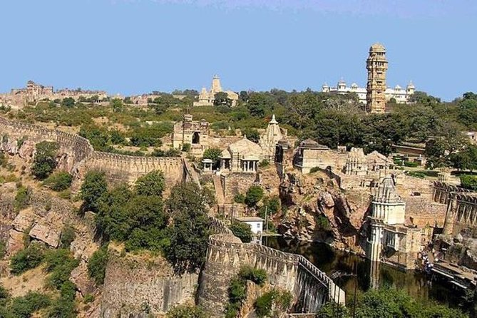Day Trip To Chittorgarh Fort From Udaipur With Lunch