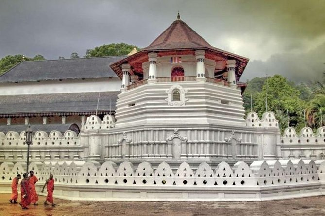 Cultural Tour around Kandy