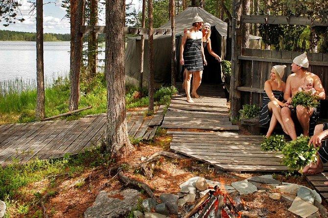 Lakeside Midnight Sun & Sauna Experience