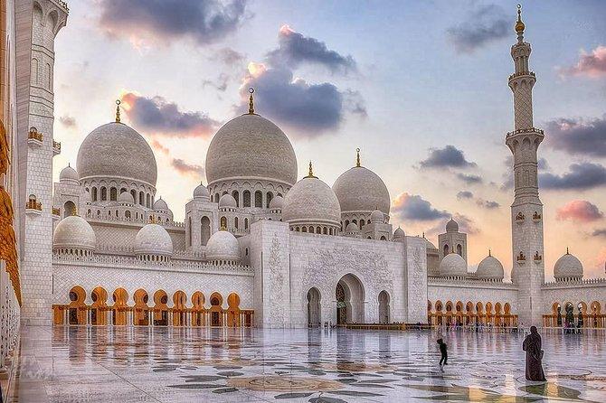 Dubai Abu Dhabi Full-Day Sightseeing Tour