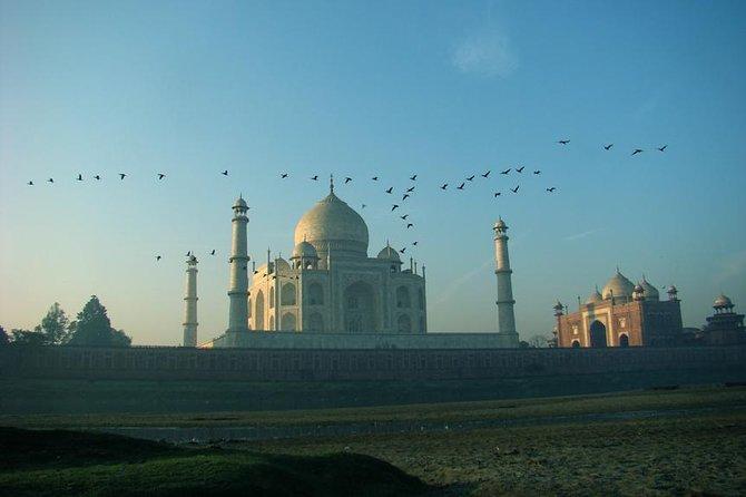 All Inclusive Sunrise Taj Mahal Agra Private City Tour
