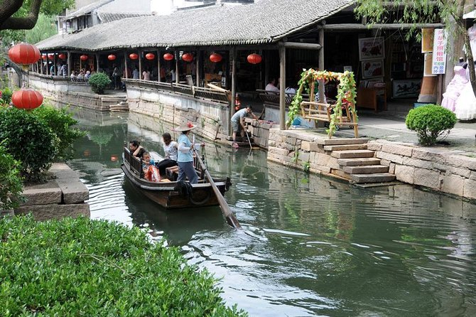 Full Day Luzhi Water Town Day Tour From Suzhou