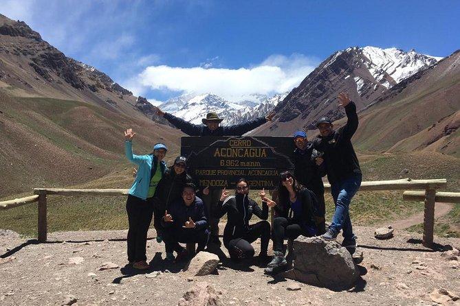 Viagem de dia inteiro ao Parque Aconcágua na Argentina e Lagoa dos Incas, saindo de Santiago