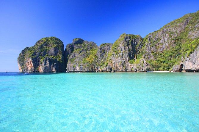 Phi Phi Islands Sunrise tour by speedboat from Phuket