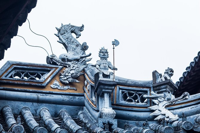 2-Hour Small Group Tour of Shanghai Old Town Tales