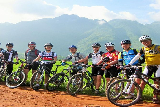 Sapa tour 3 days - Easy trekking and homestay with ethnic mimority people