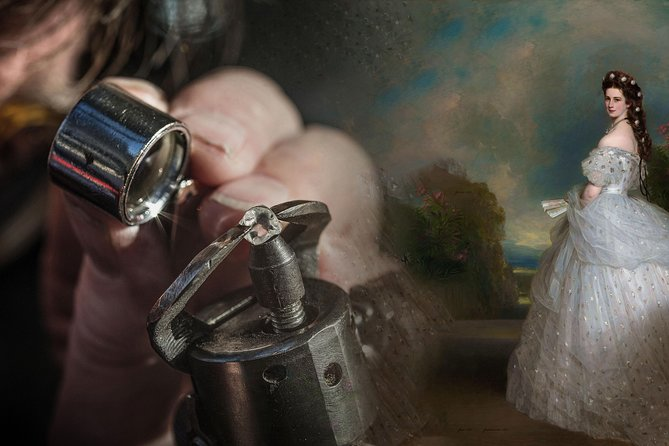 A Royal Experience: 30 minute Private guided diamond polishing tour