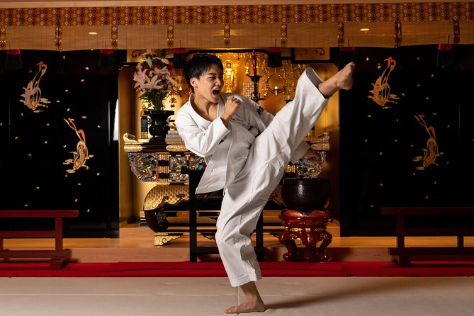 Authentic Experience of Karate at a Japanese Temple!