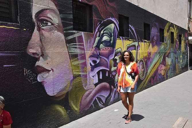 Walking Tour by La Merced Market, Murals and Graffitti with lunch